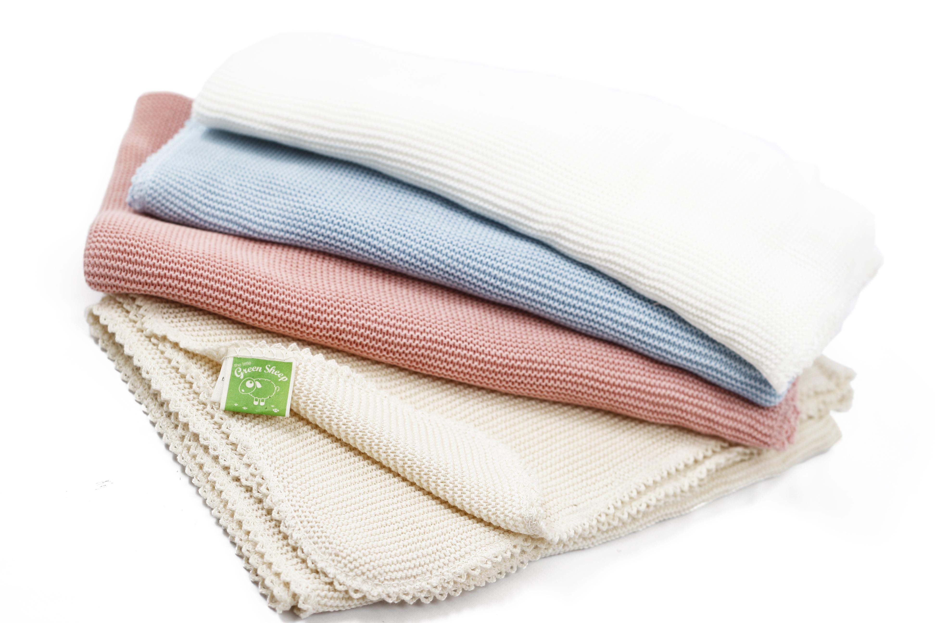 Cellular blankets (3)